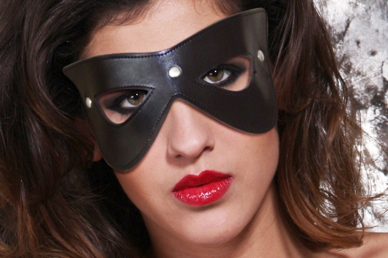 Mascherina Bondage Cat Eye Nera